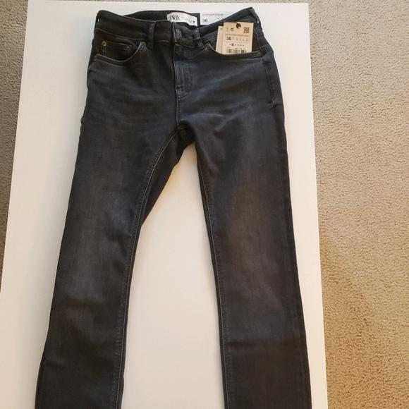 Zara-Skinny Jean in Black